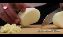 شما هم دستور پخت متفاوت ترین «سوسیس بندری» را یاد بگیرید/سوسیس بندری با سس فلفل دلمه کبابی/آشپزخانه تی وی پلاس