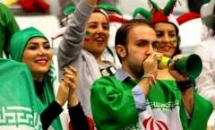 گزارش تصویری: ایرانی ها و روس ها کنار هم در شب قدرت نمایی والیبال ایران