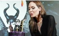 آنجلینا جولی تولد 40 سالگی اش را جشن گرفت