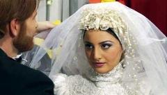 گشتی در یک گالری لباس عروس پرطرفدار؛ عروس خانم ها قبل از انتخاب مهم ترین لباس زندگی تان، این ویدئو را ببینید