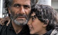 برنامه طنز ته دیگ: نامه پسری روستایی که به امید بچه پولدار شدن به تهران آمد و مشکلات زمین گیرش کرد
