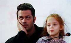 واکنش پژمان بازغی وقتی از او پرسیدیم آیا اجازه می دهد دخترش بازیگر شود؟