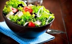 سالاد یونانی؛ مهمان خوشمزه و متفاوت سفره ایرانی/«آشپزخانه من» تقدیم می کند