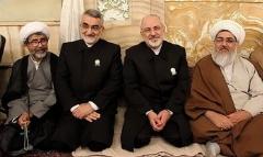 ویدئوی حضور محمدجواد ظریف در حرم امام رضا (ع) بعد از توافق هسته ای