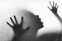 اعتراض به زایمان دختر 11 ساله قربانی تجاوز
