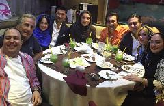 دورهمی پر ستاره جشن تولد بازیگر زن؛ از رضا عطاران تا نیوشا ضیغمی/گزارش تصویری
