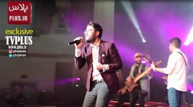 حامد همایون با اجرای هیت ترین ترانه هایش لندن را به هم ریخت/ویدیوی اختصاصی تی وی پلاس از کنسرت لندن حامد همایون
