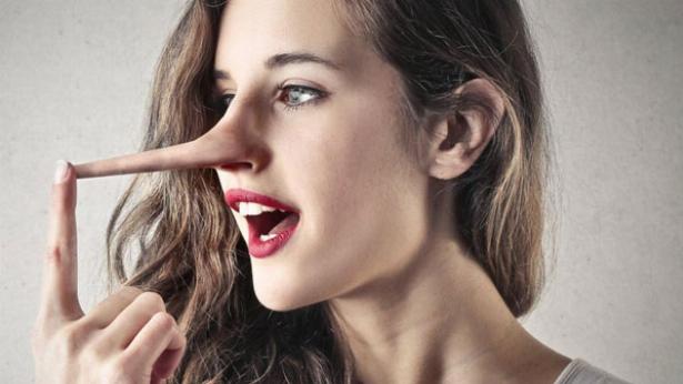 لحظه مُچ گیری از یک دروغگو/ دیگر هیچکس جرات دروغ گفتن به شما را ندارد; ترفندهایی برای شناسایی آدم هایی که راست نمی گویند