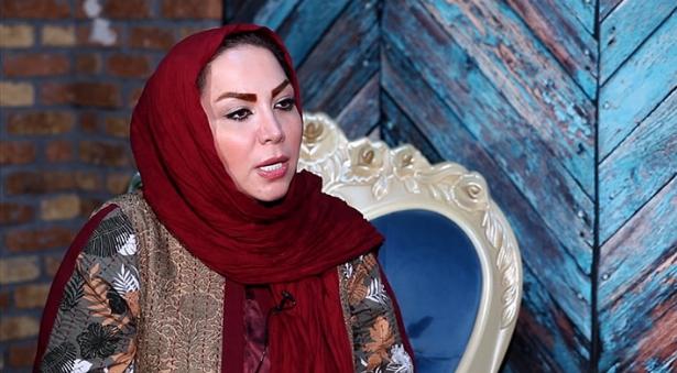درخواست خواننده زن مطرح از ستاره های موسیقی پاپ ایران : اجازه بدهید آهنگهایتان  در کنسرت بانوان خوانده شود/هنر موسیقی بانوان در ایران هنر خاموش است