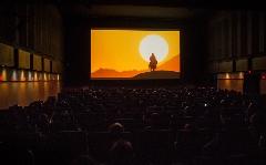 گزارش تصویری استقبال پرشور مردم از فیلم محمدرسولالله(ص)