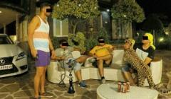 جدیدترین تفریح بچه پولدارهای ایرانی: پلنگ در ویلای شخصی