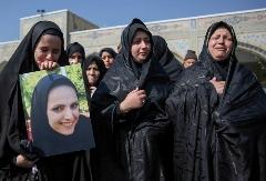 گزارش تصویری تشییع و خاکسپاری ریحانه بهشتی