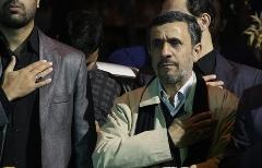 گزارش تصویری از حضور  احمدینژاد در جمع عزاداران نارمک