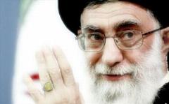 تذکر صریح رهبری: تبدیل مجلس عزای امام حسین به جایی که تعدادی جوان لخت شوند و بالا و پایین بپرند درست نیست