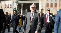 گزارش تصویری: وزیر آلمان در بازار بزرگ تهران