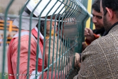گزارش تصویری: خودکشی مرد مشهدی روی پل استقلال نافرجام ماند