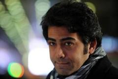 فرزاد حسنی: داد و هوار راه نینداختم، چون من «قید و بند» دارم/قسمت سوم گفتگوی صریح و مفصل تی وی پلاس با مجری همیشه خبرساز