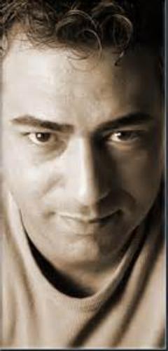 آواز خوانی فوق العاده محمد رضا هدایتی در فیلم ایران برگر
