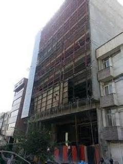 چقدر با آرامش این ساختمان چند طبقه ریزش میکنه..خخخخخخ