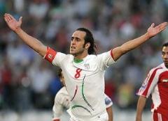 انتقاد علی کریمی از تیم ملی: خود رحمتی هم انتظار ندارد به تیم ملی دعوت شود!