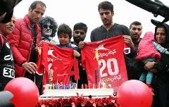 غم انگیزترین جشن تولد دنیا/هانی نوروزی پیش چشمان خیس مادر شمع 8 سالگی اش را فوت کرد - اختصاصی تی وی پلاس