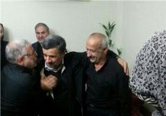 حضور احمدینژاد در منزل محافظ دیروز، شهید مدافع حرم امروز