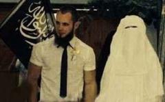 شکایت عروس های سوسول داعش از کیفیت سالن های زیبایی! /عکس