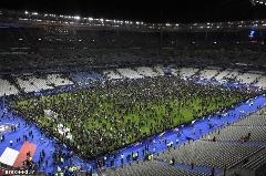 لحظه انفجار در ورزشگاه پاريس /فیلم