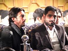 مهدی رحمتی پای مداحی سید مجید بنی فاطمه: تا کبریت نباشی، نمی توانی آتش بزنی+ویدیو