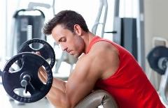 آموزش چند حرکت  برای آن که عضلات پشت بازوی تان را قوی کنید/ برخورد از نوع نزدیک با آن چه قرار است در باشگاه های بدنسازی آموزش ببینید/باشگاه بدنسازی تی وی پلاس