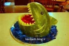 میوه آرایی تزئین هندوانه به شکل کوسه