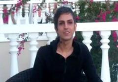 کلیپی از شاعر همجنس گرای ایرانی.تل آویو بهترین مکان زمین است
