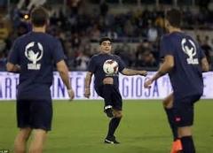 کلیپ دیدنی از مهارت های فوتبالی مربیان نامدار دنیا