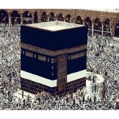 بافت فرش نفیس و حجمی کعبه خانه خدا در تبریز