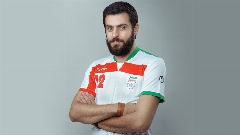 علی ضیا ستاره تیم فوتبال کارتن خواب ها/گزارش  شبی که تیم فوتبال کارتن خواب ها، تیم هنرمندان را لوله کرد