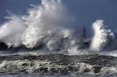 موج عظیم/بزرگ ترین موجی که دیدم مثل یک کوه بلند میشه