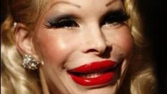 چرا دخترهای تهرانی از چهره شان راضی نیستند؟/دوست داری دماغت شبیه آنجلینا جولی بشه یا تام کروز؟/پیش بینی سرنوشت آدم ها از روی فرم دماغ!/رادیو پلاس