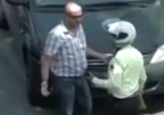 کلیپی از دستگیری رامبد جوان توسط پلیس