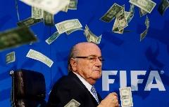 پرسپولیس بالاخره گلردار شد؛ دستمزد چندین برابری رئیس فاسد فیفا نسبت به رئیس جمهور آمریکا!