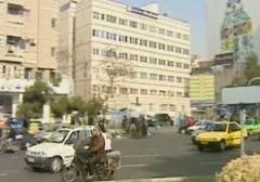 دختر جوانی که در حوالی میدان فاطمی بر اثر تصادف دچار صدمه شدید در ناحیه جمجمه شده بود فوت کرد