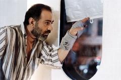 این بار آژانس شیشه ای را به صورت MP3 ببینید/محبوب ترین اثر ابراهیم حاتمی کیا تنها در ده دقیقه/برنامه «کات» شبکه تی وی پلاس تقدیم می کند