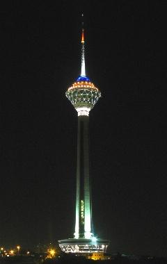 دردسری که یک عکس برای عربستان آفرید؛ انهدام برج میلاد توسط آل سعود؟!