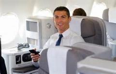 سورپرایز بازیکنان رئال مادرید توسط هواپیمای امارات