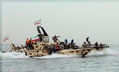 دستگیری ده نظامی آمریکایی توسط سپاه پاسداران/علت: ورود غیرمجاز به حریم آبی ایران