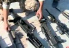 چه سلاح هایی تفنگداران آمریکایی با خود داشتند؟؟