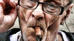 سیگاری ها از دیدن این ویدئو طفره نروید!/گزارشی از مراحل پر استرس توانبخشی ریه در یک کلینیک پزشکی - اختصاصی تی وی پلاس