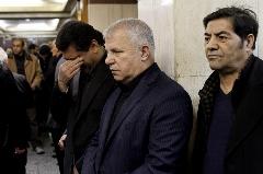 پرسپولیسی ها به مراسم ختم همایون بهزادی نرفتند! خوردبین: علی پروین حق دارد ناراحت باشد. چه اشکالی داشت بازیکنان یک توک پا تا مسجد می آمدند؟