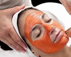 با این اسکراب ارزان و ساده دیگر نگران جوش و چین و چروک نباشید؛ بهترین روش برای از بین بردن آثار آلودگی هوا بر پوست صورت