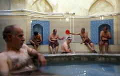 تصمیم خبرساز دختر و پسر ایرانی در یک حمام قدیمی در قزوین/رادیو پلاس را با دقت و تنهایی گوش کنید /مثبت هیژژژژده