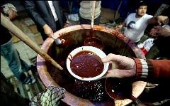 پای دیگ غذایی که حضرت فاطمه برای فرزندان خود می پخت/رسم و رسوم سمنو پزون اهالی تهران/زنی که می گفت پای دیگ حضرت فاطمه شفا گرفته است